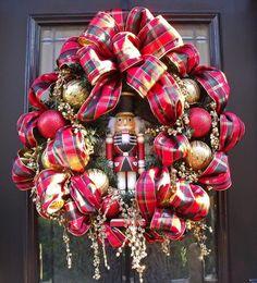 Nutcracker wreath.. maybe I won't get rid of them now... hmmmm