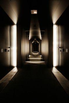 49 Beautiful Corridor Lighting Design For Perfect Hotel Corridor Lighting, Interior Lighting, Lighting Design, Hotel Hallway, Hotel Corridor, Design Hotel, Lobby Design, Light Architecture, Interior Architecture