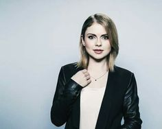 Rose Mciver, Zombie Girl, Charlotte, Leather Jacket, Characters, Actors, Blazer, Sexy, Women