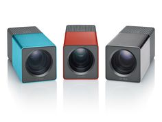 Lytro: uma nova câmara para uma nova fotografia  Lytro é uma nova câmara digital que promete revolucionar o mundo da fotografia.   enquanto com as câmaras normais, digitais ou analógicas, o fotógrafo tem de escolher a zona da imagem a focar, a zona que vai ser destacada e imortalizada numa fotografia, com a Lytro basta escolher o enquadramento.