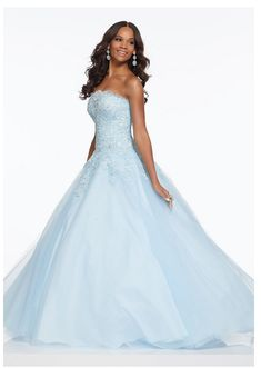 Morilee Soft A-Line Ballgown Featuring Beaded Lace Bodice and Simple Tulle Skirt. A Corset Style Back Completes the Look. We carry formal gowns for every occasion including prom. Grad Dresses Short, Strapless Prom Dresses, Short Lace Dress, Blue Dresses, Formal Dresses, Jovani Dresses, Prom Gowns, Dresses Dresses, Junior Dresses
