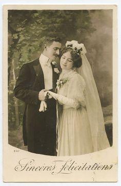 Edwardian Lady Bride Groom Marriage Wedding vintage old 1910s photo postcard a11