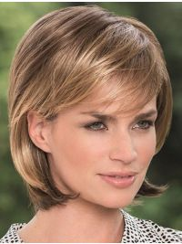 Wearing a stylish wig can quickly convert you into an attractive women. These Straight Blonde Bobs Lace Front Chin Length Sleek Synthetic Wigs are pre-styled wigs that can enhance your feminine charm and make you look gorgeous. Medium Hair Styles, Short Hair Styles, Monofilament Wigs, Blonder Bob, Medium Bob Hairstyles, Bob Haircuts, Natural Hairstyles, Long Wigs, Stylish Hair