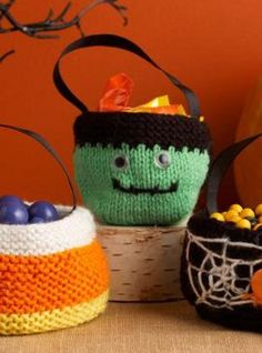 Tote your Halloween candy in these adorable knitted bag patterns. These Spooky Treat Bags are a Halloween knitting pattern you can't miss!