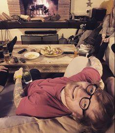 """1.2 millones Me gusta, 12.7 mil comentarios - Ed Sheeran (@teddysphotos) en Instagram: """"Happy new year everyone x"""""""