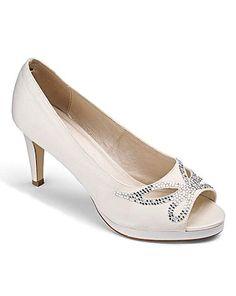 c296450076e a09fa9e50138d37a93daf2b91d34354a--destination-wedding-peep-toe-heels.jpg