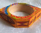 OOAK verniciato legno Bracciale - stile africano di legno bangle Bracciale - porcile etnici - - decorativo originale bracciale - Womens moda - regalo unico