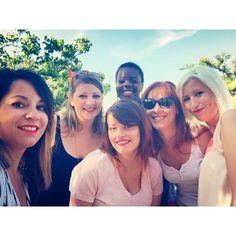 Hop hop hop c'est partit pour le premier jour de formation perfectionnement wedding planner ! (Je ne ressemble pas un peu à Lupita sur la photo ? En mieux hein) #superteam #reussirdanslemariage #labelmariage #lafilleauxchaussuresroses #weddingformation #weddingplannerlife #monday
