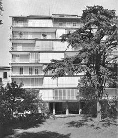 La pensilina dingresso del Condominio XXI Aprile in via Lanzone 4 19491953 di Mario Asnago e