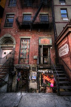 Trash Vaudeville Next To Scary St Marks Hotel #newyork, #NYC, #pinsland, https://apps.facebook.com/yangutu