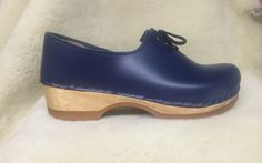 Tie Clogs - Closed Back Clogs - Ocean Leather - Size 40