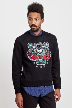 This weeks Brand To Watch comes from a very bold designer, Kenzo Takada. Drawing a lot of his inspiration from wild life and jungle themed pieces. With this embroidered Kenzo Tiger crew neck it truly reflects the labels attention to detail.