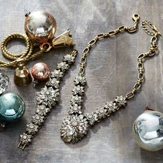 Free shipping on orders $100+, free gift on orders $125+, and FREE $100 CREDIT on orders $500+!! https://www.chloeandisabel.com/boutique/ashleygordon