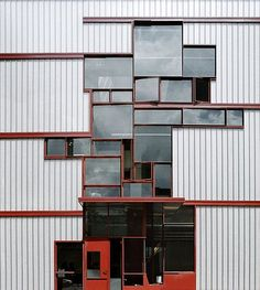 Higgins Hall Center Section, Pratt Institute, Brooklyn, NY by Steven Holl Architects - Google Search