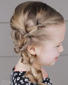 Cute Kids Hairstyles for Girls Looking for a cute hairstyle for your little girl? Take a look at some of the cutest kids hairstyles for girls from braids to buns, pigtails to ponytails. Girls Short Haircuts, Cute Hairstyles For Kids, Baby Girl Hairstyles, Trendy Hairstyles, Asian Hairstyles, Hairstyles 2016, Easy Toddler Hairstyles, Cute Little Girl Hairstyles, Teenage Hairstyles