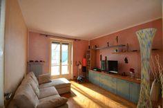 Vendita Appartamento Torino. Trilocale in via Tripoli 28-8. Buono stato, ultimo piano, balcone, riscaldamento centralizzato