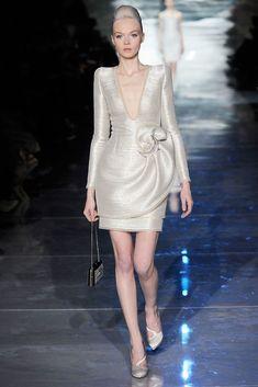 a8a01c2b7a Armani Privé Spring 2010 Couture Fashion Show