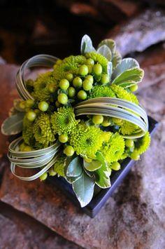 Resultado de imagen para modern flower arrangement ideas