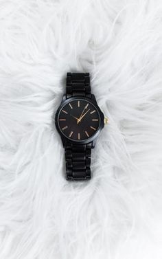Check out our Sleek NEW Modera Watch. This numberless, uber chic watch is perfect for day or night. Ily Couture, Casio Watch, Omega Watch, Bracelet Watch, Watches, My Style, Bracelets, Accessories, Clothes