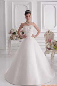 A-Linie schöne Maßgeschneiderte Brautkleider aus Satin mit Schleppe