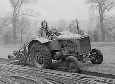 Woburn 03 1942