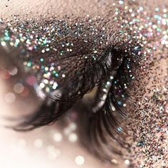 #sparkle #shine #glitter #makeup #inspiration