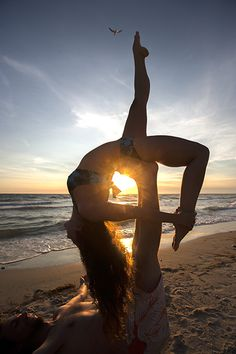 acro yoga/beach