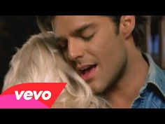 ▶ Ricky Martin with Christina Aguilera - Nobody Wants to Be Lonely - YouTube