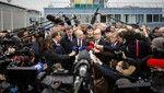 写真特集:仏空港で男が兵士を襲撃
