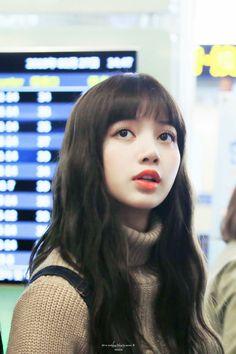 BLACKPINK Lisa at Gimpo Airport