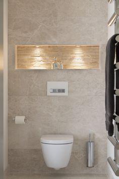 luxury bathroom Ripples Bathrooms :: The Luxury Ensuite Bathroom Design Luxury, Simple Bathroom, Modern Bathroom Design, Bathroom Ideas, Small Toilet Room, Guest Toilet, Small Toilet Design, Beige Bathroom, Laundry In Bathroom