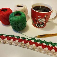 Good morning! It's never too early to prepare for Christmas 😂 loved the crochetstitch I used on the babyblanket (pattern coming soon on my blog) so much that I had to make a table cloth too! 😀 🇸🇪 bara tre månader till jul så det är väl dags att börja med julgrejerna 😂? Detta blir en julduk i scheepjes sweet treat. #Favoritgarner #diwy_favoritgarner #diwy #scheepjesmaxibonbon #scheepjessweettreat #scheepjes #crochet #virkning #virka #hekle #hekling #garn #yarn #bomullsgarn…