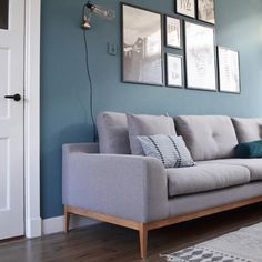 Have a nice evening ♡ Interior Paint Colors For Living Room, Living Room Colors, New Living Room, Living Room Modern, Home And Living, Living Room Decor, Bedroom Decor, Blue Rooms, Contemporary Bedroom