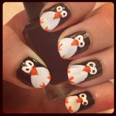 Penguin nails! I love penguins! Sorry, but I had to post them!