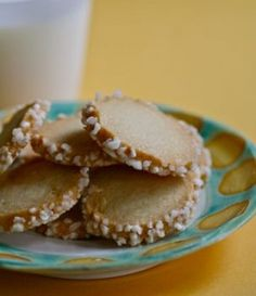 Vanilla Shortbread Cookies    (livingtastefully.weebly.com adapted from bon appetit)