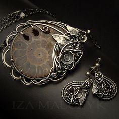 Fossilla - ammonite, silver jewelry set by Iza Malczyk, pendant, earrings