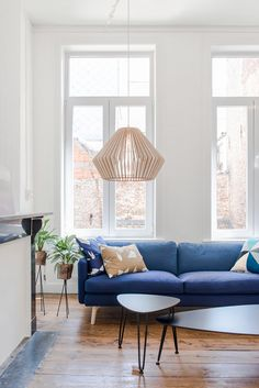 Studio klaer lamp in Huiszwaluw Home.