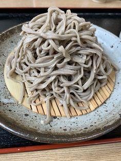 羊蹄庵 Buckwheat Noodles, Junk Food, Japanese Food, Spaghetti, Ethnic Recipes, White Trash Food, Noodle