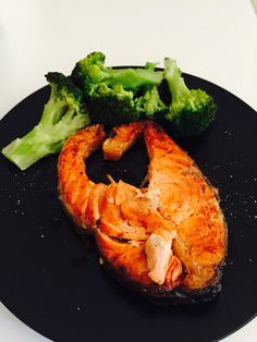 #salmon #broccoli #eat #food #light #diet