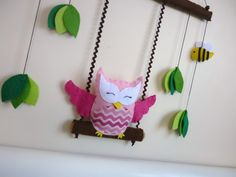 Happy Swinging Owl Baby Mobile or Wall Hanging by MaisieMooNZ Owl Fabric, Fabric Crafts, Felt Mobile, Owl Crafts, Hanging Mobile, Felt Birds, Owl Bird, Baby Owls, Felt Ornaments