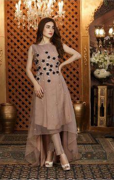 Party Wear Indian Dresses, Pakistani Fashion Party Wear, Designer Party Wear Dresses, Pakistani Dresses Casual, Indian Fashion Dresses, Kurti Designs Party Wear, Pakistani Bridal Dresses, Dress Indian Style, Pakistani Dress Design