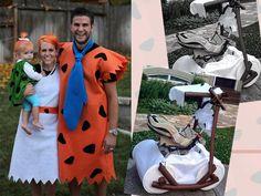 Los Picapiedra http://www.serpadres.es/familia/tiempo-libre/fotos/disfraces-para-carnaval-en-familia/los-picapiedra