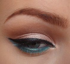 Pop of color. I'm doing this for one of my girl's prom make up tomorrow.