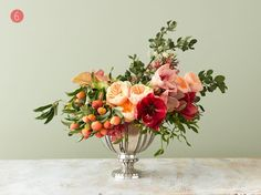 Floral Tutorial :: A Classic Holiday Arrangement with Unconventional Color - coco kelley Beautiful Flower Arrangements, Wedding Flower Arrangements, Floral Centerpieces, Floral Arrangements, Wedding Flowers, Wedding Bouquet, Home Flowers, Purple Flowers, Beautiful Flowers