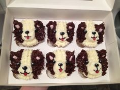 Collie cupcakes Dog Cupcakes, Different Dogs, Collie, Cake Pops, Cake Ideas, Birthday Parties, Muffin, Birthdays, Party Ideas