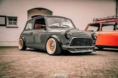 Mini Cooper Classic, Classic Mini, Classic Cars, Retro Cars, Vintage Cars, Antique Cars, My Dream Car, Dream Cars, Narrowboat Interiors