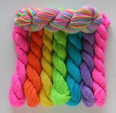 Neon yarns – liking the colours!