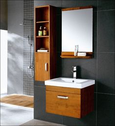 BATHROOM: perfect set up/look for upstairs bathroom