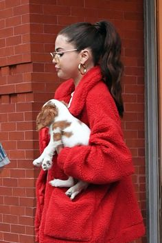 September 16: Selena arriving at her apartment in New York, NY