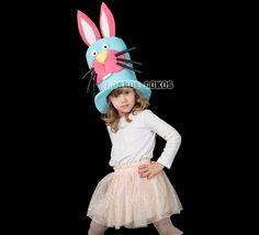 CHISTERA CONEJO Divertidísimo gorro de gomaespuma infantil con la cara de un conejo. Disponible en varios colores, hará las delicias de los más pequeños.
